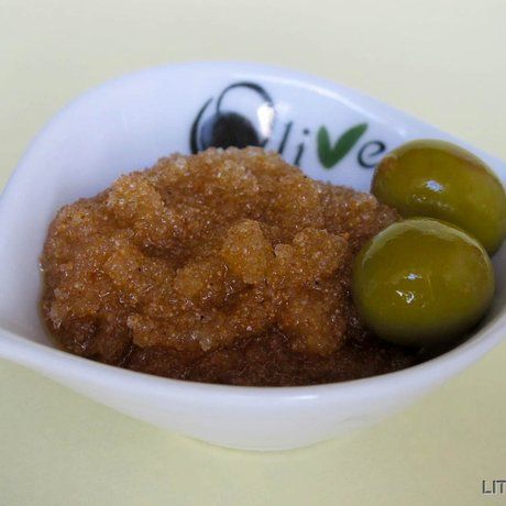 Як зробити оливковий цукровий скраб для рук