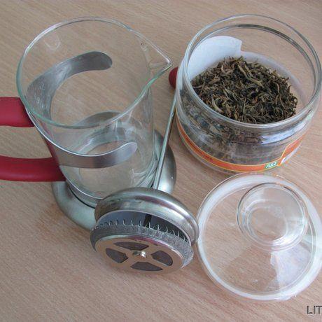 Як заварити чай у френч-пресі
